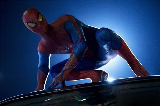 http://smartcine.com/images/the_amazing_spider_man_still.jpg